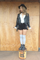 black Jeffrey Campbell boots - black fedora Bailey Of Hollywood hat