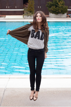 heather gray cotton Mango t-shirt - black skinny jeans Zara jeans