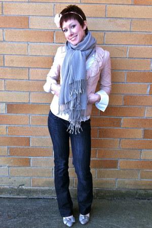 navy Paige jeans - light pink Cabi blazer - white Cabi shirt - silver scarf - li