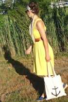 beige vintage scarf - yellow vintage dress - blue vintage Keds shoes - beige han