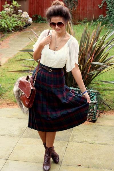 Granny Skirt skirt - Victorian Lace ups boots - Bag bag - Top top
