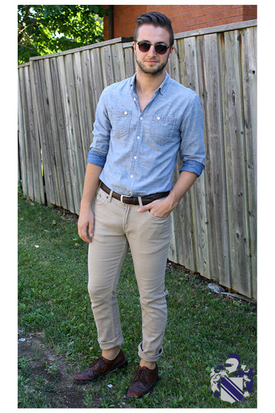 32d7e95dbe1 light blue chambray le chateau shirt - dark brown wingtip oxfords thrifted  shoes