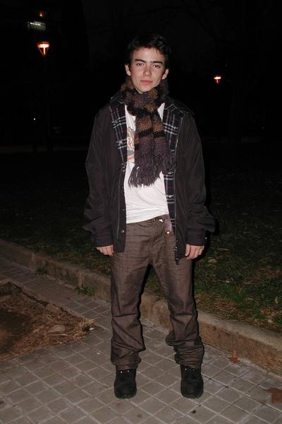 Monótono En necesidad de Puede ser calculado  Men's Black Timberland Boots, Light Brown Timberland Jeans, Black Pepe  Jeans Jackets |