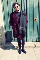 ruby red vintage jacket - black vintage shoes - black H&M jeans - tan Zara hat