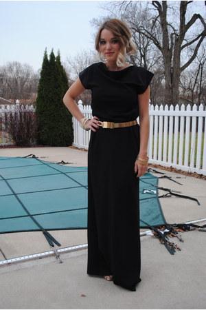 Kristin Hassan dress