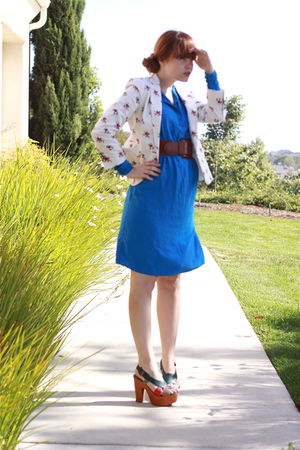 blue vintage dress - white Zara blazer - brown vintage belt - Jeffrey Campbell s