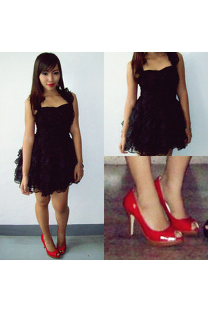 black dress - red Mossimo pumps