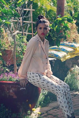 bulldog pattern Zara pants - pajama style Chloe K blouse