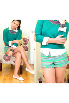 green f21 sweater - green Mimi Chica shorts - leather Zara necklace