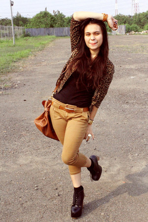 black boots - bronze blazer - tawny Mulberry bag - black Forever21 top - camel p
