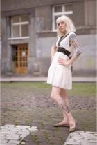 Mango dress - Topshop belt - Zara shoes