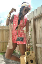 pink shorts - beige purse - beige vest - white accessories - yellow sunglasses -
