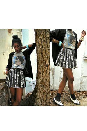 gray shirt - black skirt - white dress - black Zara cardigan - black shoes - gol