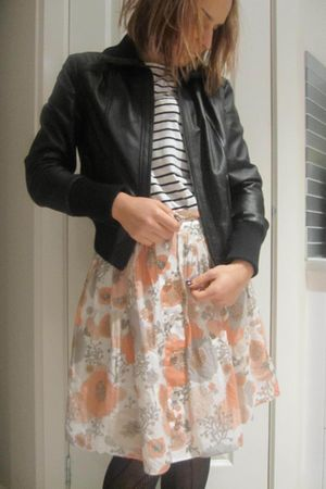 Barkins t-shirt - Target jacket - Zimmernan skirt