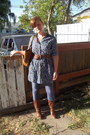 Brown-target-boots-blue-old-navy-dress-navy-old-navy-leggings