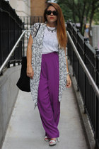 white Brooklyn Surfer t-shirt - black Zara bag - magenta vintage pants
