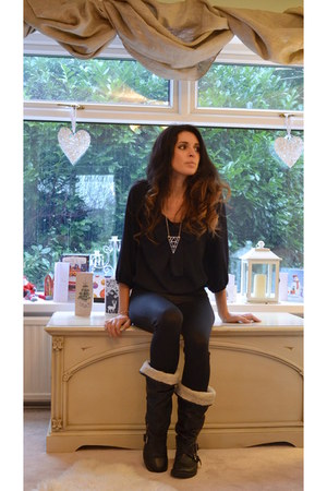 black biker boots Office boots - black River Island leggings