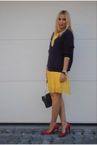 H&M dress - Zara shoes - Massimo Dutti sweater