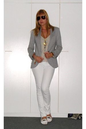 white Massimo Dutti jeans - silver Zara blazer - white Scapa shoes - beige H&M t