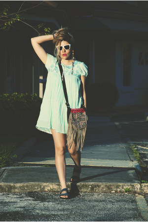 aquamarine dress - navy sandals