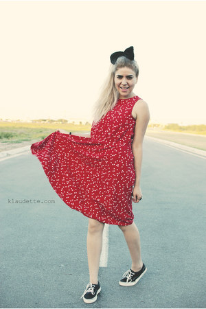 black Levis shoes - red My Michelle dress - black accessories