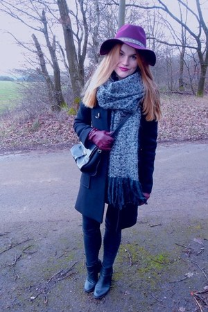 Zara coat - H&M hat - asos scarf - Zara bag - vintage gloves
