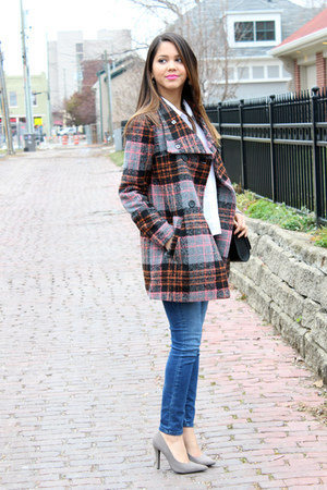 plaid Forever 21 coat - Dailylook jeans - H&M bag - Forever 21 heels