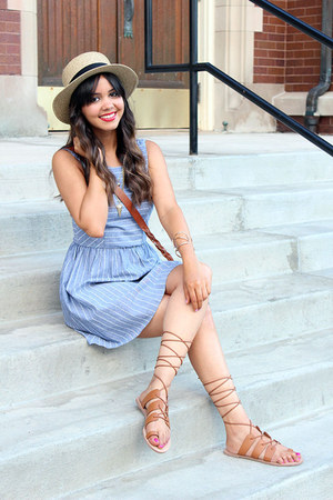 fedora Forever 21 hat - chambray Mint Julep Boutique dress