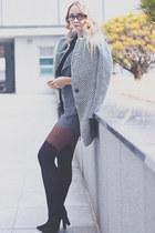 brick red Daniel Wellington watch - heather gray Choies coat