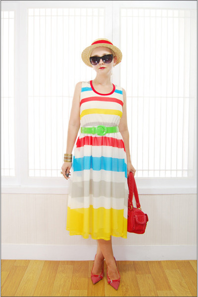 yellow Miss Nabi dress - red Yah bag - black Forever 21 sunglasses - red Guess h