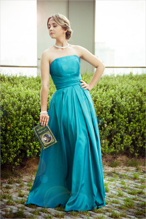 silver Swaroski necklace - turquoise blue DresseStylist dress