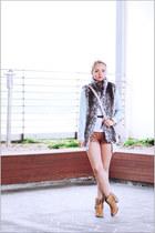 Forever 21 vest - asos boots - Miss Nabi bag - asos ring - Forever 21 belt