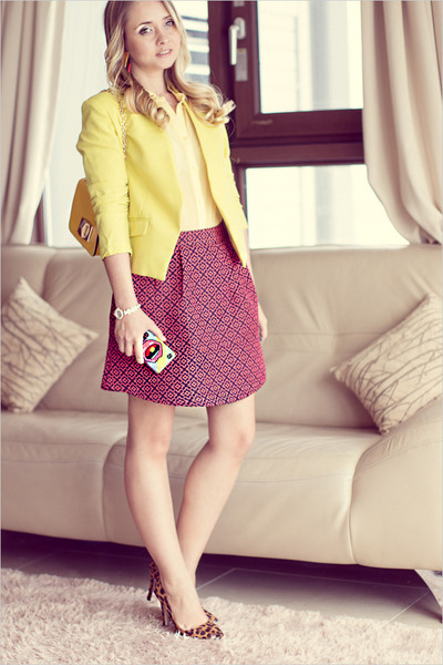 yellow OASAP bag - red Chicwish skirt - yellow Vivienne Kelly earrings