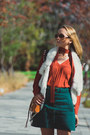 Tawny-rebecca-minkoff-bag-green-larmoni-skirt-yellow-onecklace-necklace