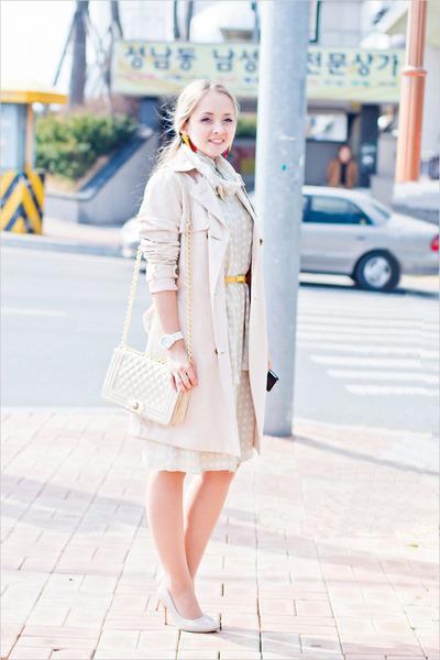 off white Miss Nabi coat - off white Zamrie dress - eggshell romwe bag