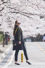 Black-styled-moscow-bag-forest-green-romwe-blouse-black-styled-moscow-pants
