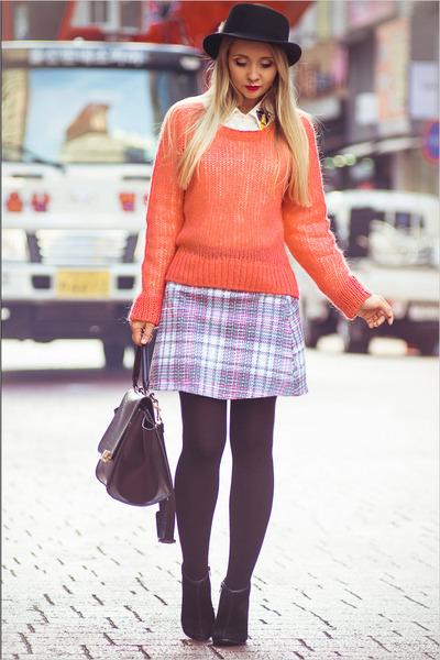 bubble gum Forever 21 sweater - black OASAP bag - light blue Motel Rocks skirt