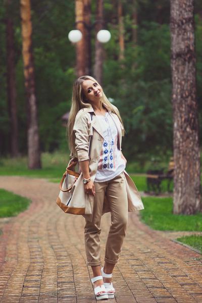 Mustard-bonprix-bag-white-bonprix-top-white-choies-sandals