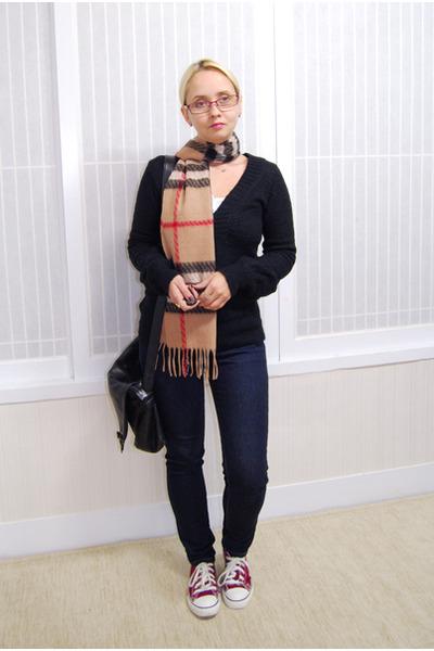 navy calvin klein jeans - black Mango sweater - tan Burberry scarf