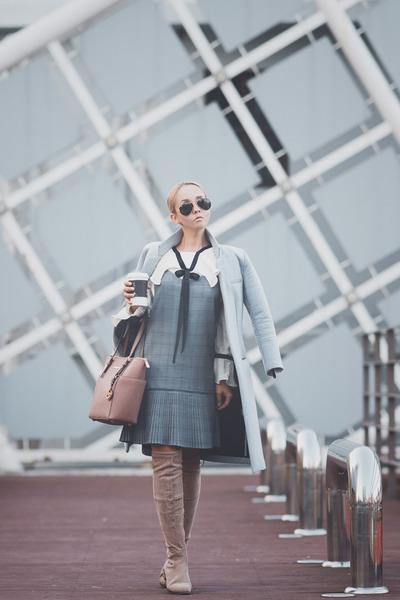 white zaful blouse - pink Michael Kors bag - black ray-ban sunglasses