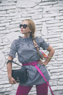Black-styled-moscow-bag-hot-pink-styled-moscow-belt