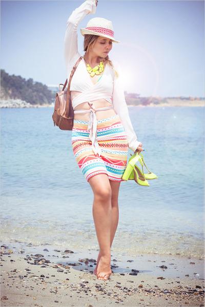 yellow Forever 21 necklace - salmon Forever 21 skirt