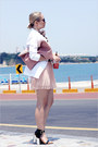 Light-pink-miss-nabi-bag-amethyst-forever-21-sunglasses