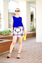 navy Fashion news skirt - yellow CNA bag - black ray-ban sunglasses