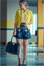 Yellow-vivilli-blazer-black-chicwish-bag-navy-banggood-skirt
