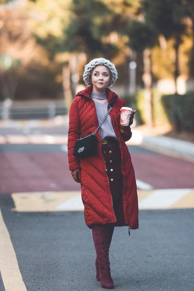 maroon Metisu coat - silver Gvozdishe Knitting hat - periwinkle romwe sweater
