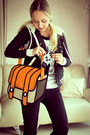 Black-guess-jeans-light-orange-miss-nabi-bag-black-forever-21-vest