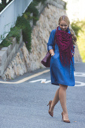 blue Yoins dress - ruby red Choies scarf