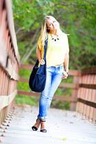 black The Travel Club bag - blue Levis jeans - black Zara sandals