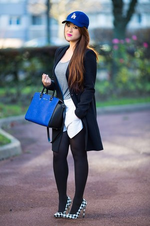 black cotton Zara coat - blue leather Michael Kors bag - white cotton Zara skirt